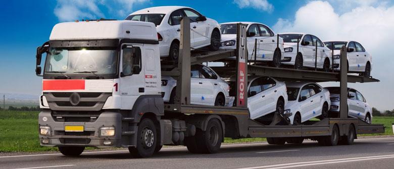 Transport de véhicules sur plateau